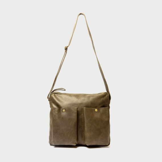 Minimal shoulder bag